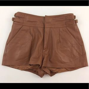 TOPSHOP Women's Genuine Leather Shorts Brown US 6